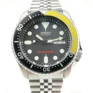 Seiko Modified Divers 200m Automatic 'Hornet' Bezel Mens Watch 42mm
