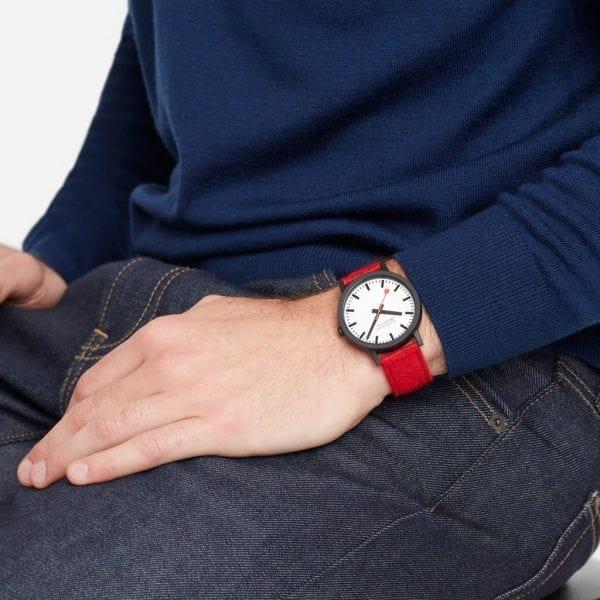 Mondaine Official Swiss Railways Essence Quartz Watch MS1.41110.LC.SET