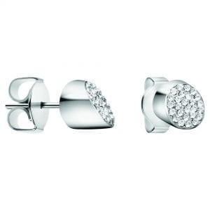 Calvin Klein Silver Plated Ladies Brilliant Earrings kj8yme040100Stylish and attractive, thisCalvin Klein Silver Plated Ladies Brilliant Earrings kj8yme040100 is complete with a polished and toned surface. Furthermore, the earrings are complete with silver stones.Key Features:Butterfly ClaspSilver StonesPolished SurfaceThe Brand: Calvin KleinCalvin Klein is one of the truly iconic cultural forces to emerge from the twentieth century. Based on bold, progressive thinking and seductively minimal aesthetic, the company was founded as a Manhattan coat shop by its namesake in 1968, and has since become a global lifestyle phenomenon. In line with this design mission is Calvin Klein's range of timepieces. Defined by their trademark simplicity and constantly evolving to match contemporary trends, the collection allows the wearer to sport a fashion legend proudly on their wrist.