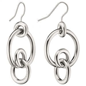 Calvin Klein Clink Silver Stainless Steel Earrings KJ9PME000200This Calvin Klein Clink Silver Stainless Steel Earrings KJ9PME000200 is a perfect piece of jewellery for the ladies. The necklace is made from stainless steel with a silver coloured plating. The earrings consist of four rings interlocked with a Calvin Klein engraved logo.Key Features:Clink FamilySilver ColouredStainless Steel MaterialThe Brand: Calvin KleinCalvin Klein is one of the truly iconic cultural forces to emerge from the twentieth century. Based on bold, progressive thinking and seductively minimal aesthetic, the company was founded as a Manhattan coat shop by its namesake in 1968, and has since become a global lifestyle phenomenon. In line with this design mission is Calvin Klein's range of timepieces. Defined by their trademark simplicity and constantly evolving to match contemporary trends, the collection allows the wearer to sport a fashion legend proudly on their wrist.