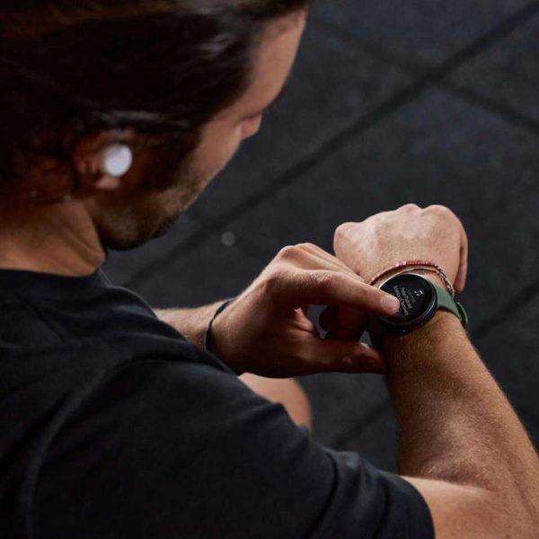 Polar Vantage V2 Quartz Digital Dial Green Rubber Strap Smartwatch 90083652